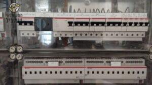 החלפת פחתים בארון חשמל בבית ספר בבאר שבע