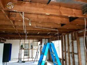 התקנת תשתית לתאורה וחשמל בתוספת בנייה בבית בשכונת הפרחים בקרית גת